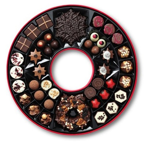 HeyRashmi-Christmas-gift-guide-Hotel-Chocolat-wreath-box