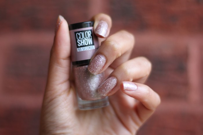 Maybelline Colour Show nail polish in 232 Rose Chic