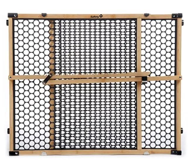 No crib floor bed gate