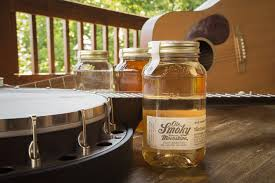 Ole Smoky Moonshine Pigeon Forge Barn Live Music Concert