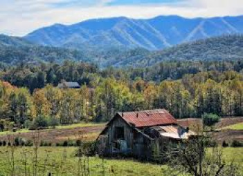 Wears Valley in Great Smoky Mountains Cabin Fever Vacation Rentals Pigeon Forge-3