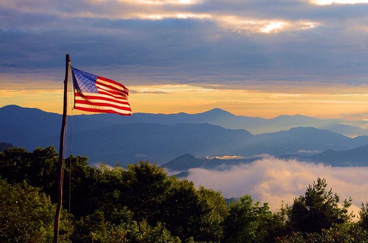 great-smoky-mountains-american-flag-heysmokies