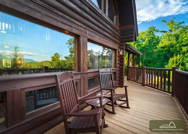 jackson-mountain-homes-cabin-gatlinburg