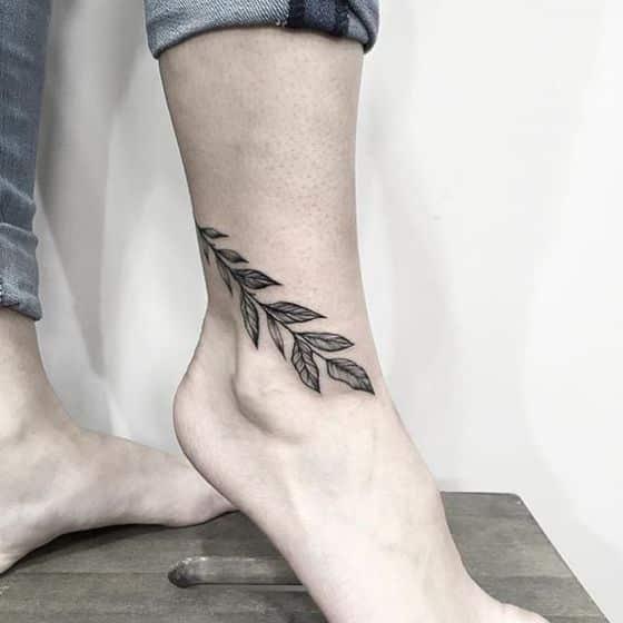 50 Tatuajes En El Tobillo Y Tobilleras Para Hombres Y Mujeres