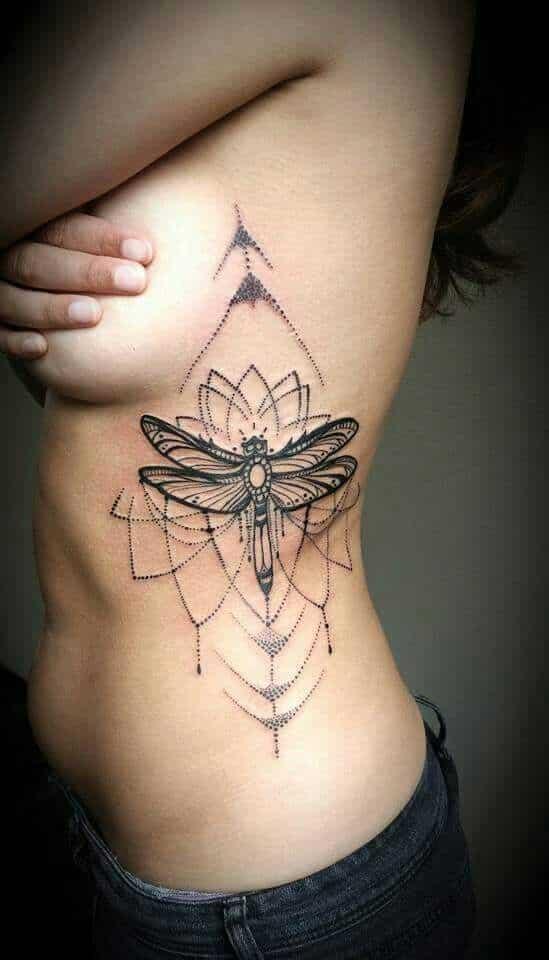Tatuajes De Libélulas Significados Diseños Mujereshombres