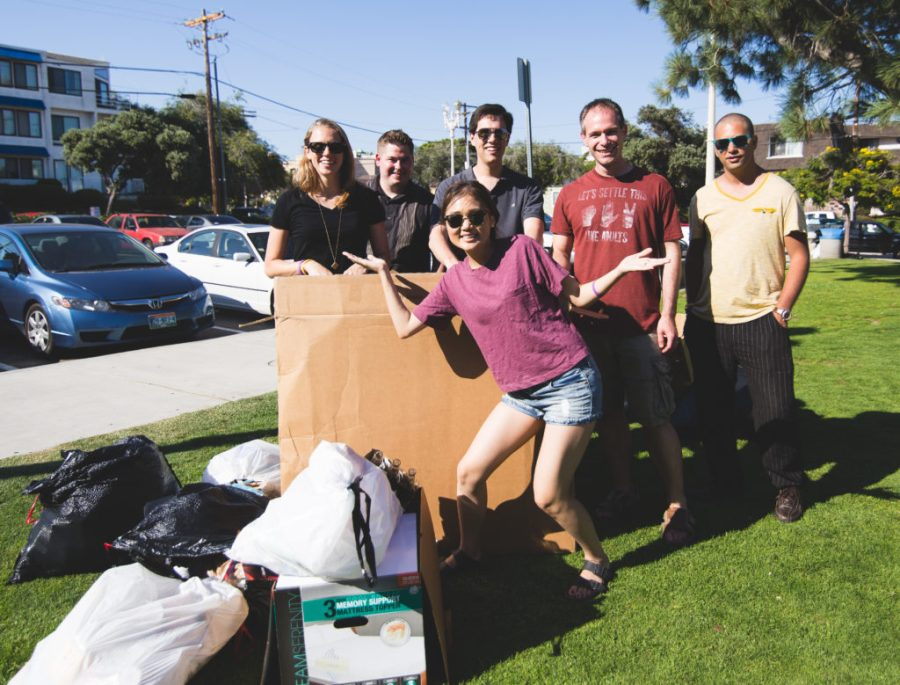 Trash Clean Up With I Love a Clean San Diego