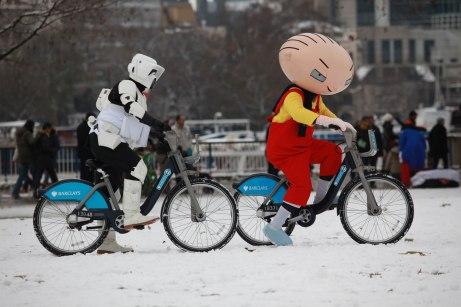Family Guy - It's a Snow Trap
