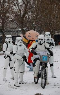 Family Guy - It's a Snow Trap-9