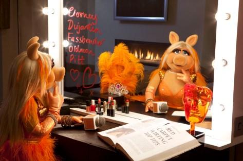 Miss Piggy announced as Orange's BAFTA red carpet host