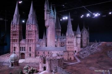 Harry Potter Studio Tour - Hogwarts Model - HeyUGuys (8)