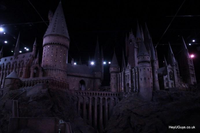 Harry Potter Studio Tour - Hogwarts Model - HeyUGuys