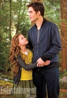 Mackenzie Foy and Robert Pattinson in Breaking Dawn - Part 2