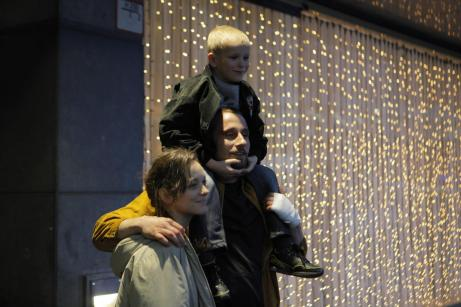 Marion Cotillard, Matthias Schoenaerts and Armand Verdure in Rust and Bone