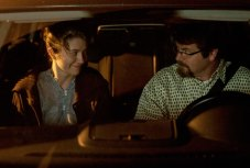 Mary Elizabeth Winstead and Nick Offerman in Smashed