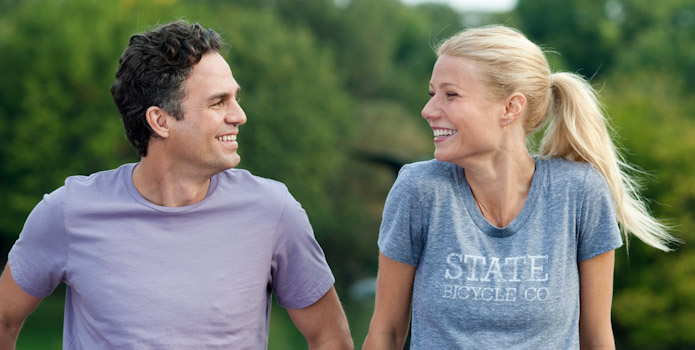 Mark-Ruffalo-and-Gwyneth-Paltrow-in-Thanks-for-Sharing