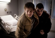 Stephen Dorff and Emile Hirsch in The Motel Life