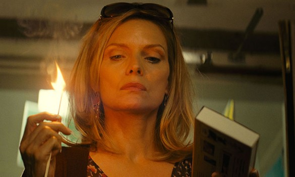 Michelle-Pfeiffer-in-The-Family