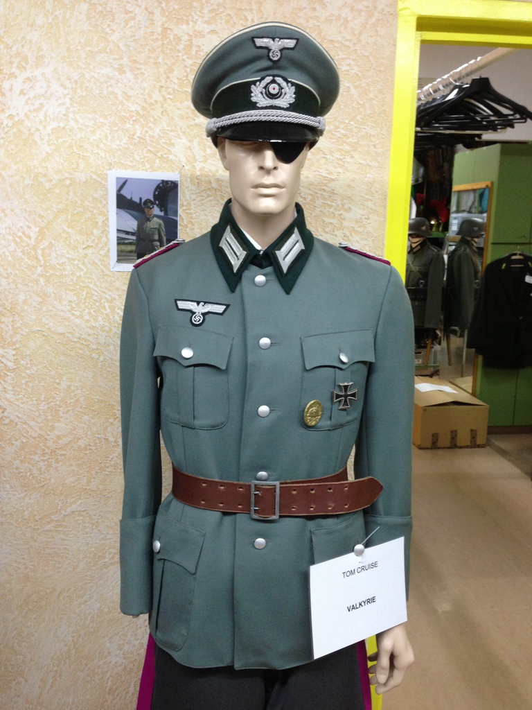 Tom Cruise Outfit - Valkyrie