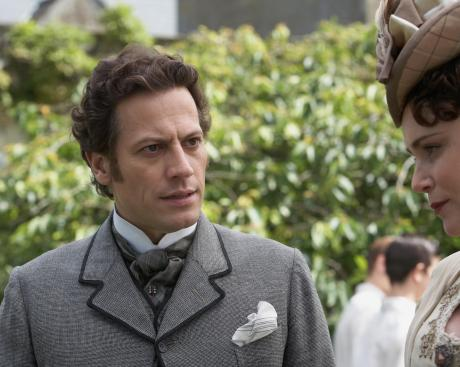 Ioan-Gruffudd-in-The-Adventurer:-The-Curse-of-the-Midas-Box