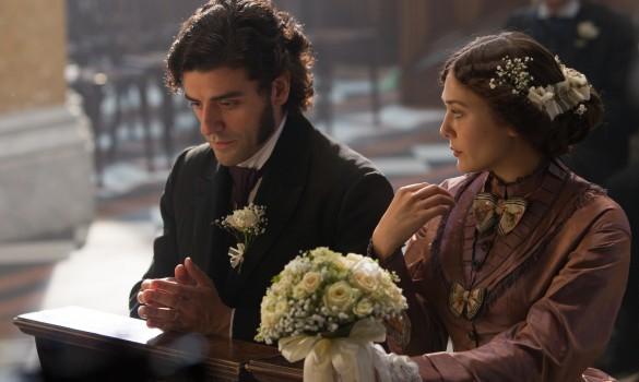 Oscar-Isaac-and-Elizabeth-Olsen-in-In-Secret