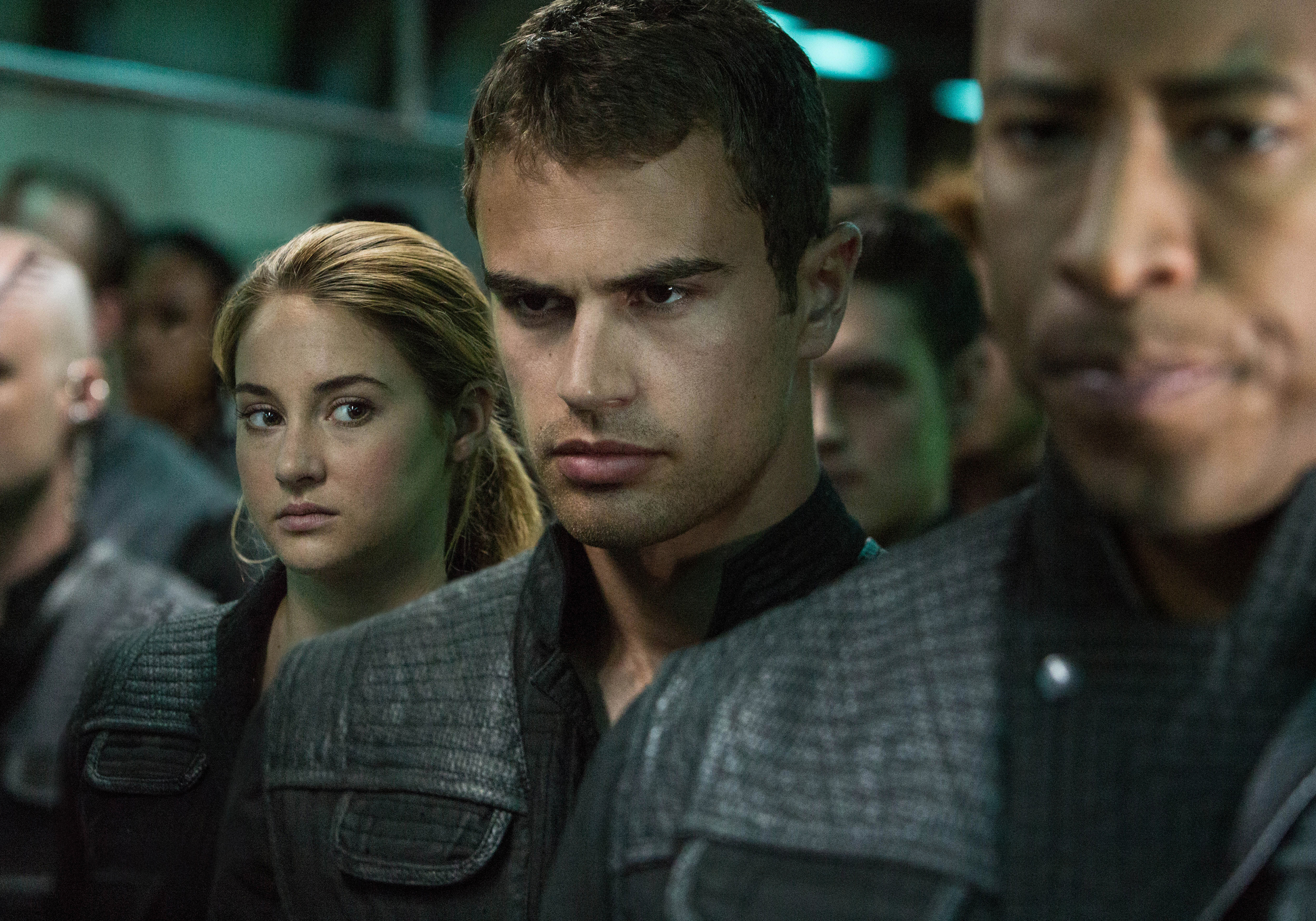 New look at shailene woodley and theo james in divergent new image of shailene woodley and theo james in divergent m4hsunfo