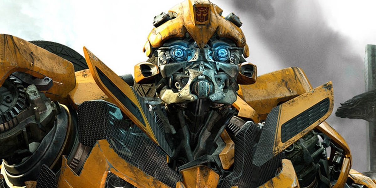 first trailer for transformers spin off bumblebee drops heyuguys. Black Bedroom Furniture Sets. Home Design Ideas