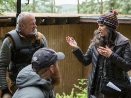 debra granik on set