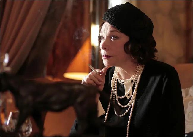 Coco Chanel, 2008 shirley maclaine