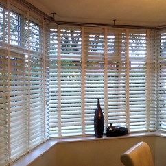 Living Room Bay Window Treatment Ideas Pictures Of Small Traditional Rooms Replace Your Windows Treatments With Wooden Venetian Blinds