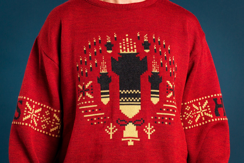 War -themed sweater 1 – HS