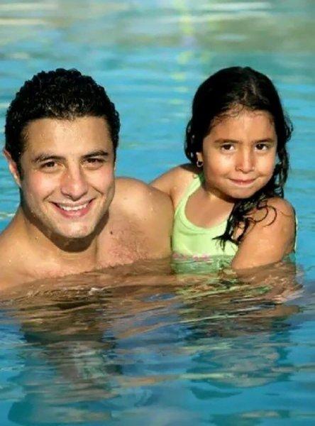لينا ووالدها احمد الفيشاوي