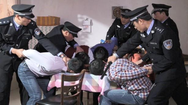 基督徒聚会途中遭遇中共警察抓捕