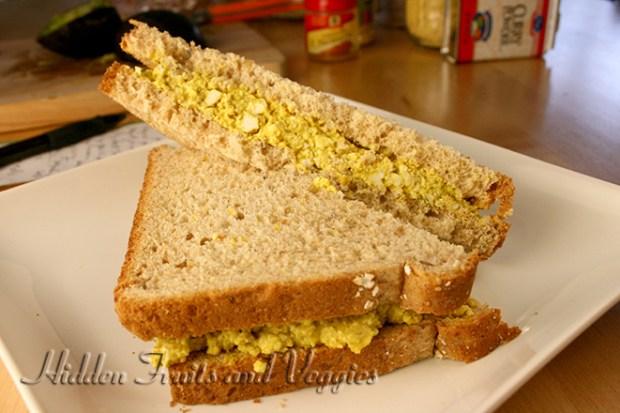 eggless-sandwich-cut