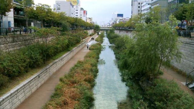 cheonggyecheon_river_seoul