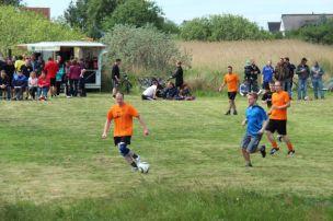 Fußballturnier zum Herrentag am 29.05.2014 in Neuendorf.