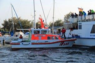 Seenotrettungskreuzer Nausikaa beim Schleppen