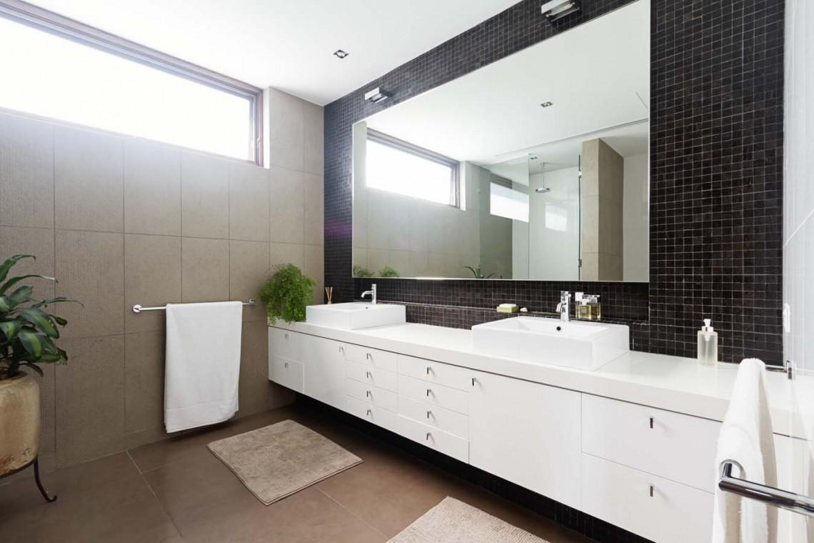 Stylish Bathroom Mirror TV