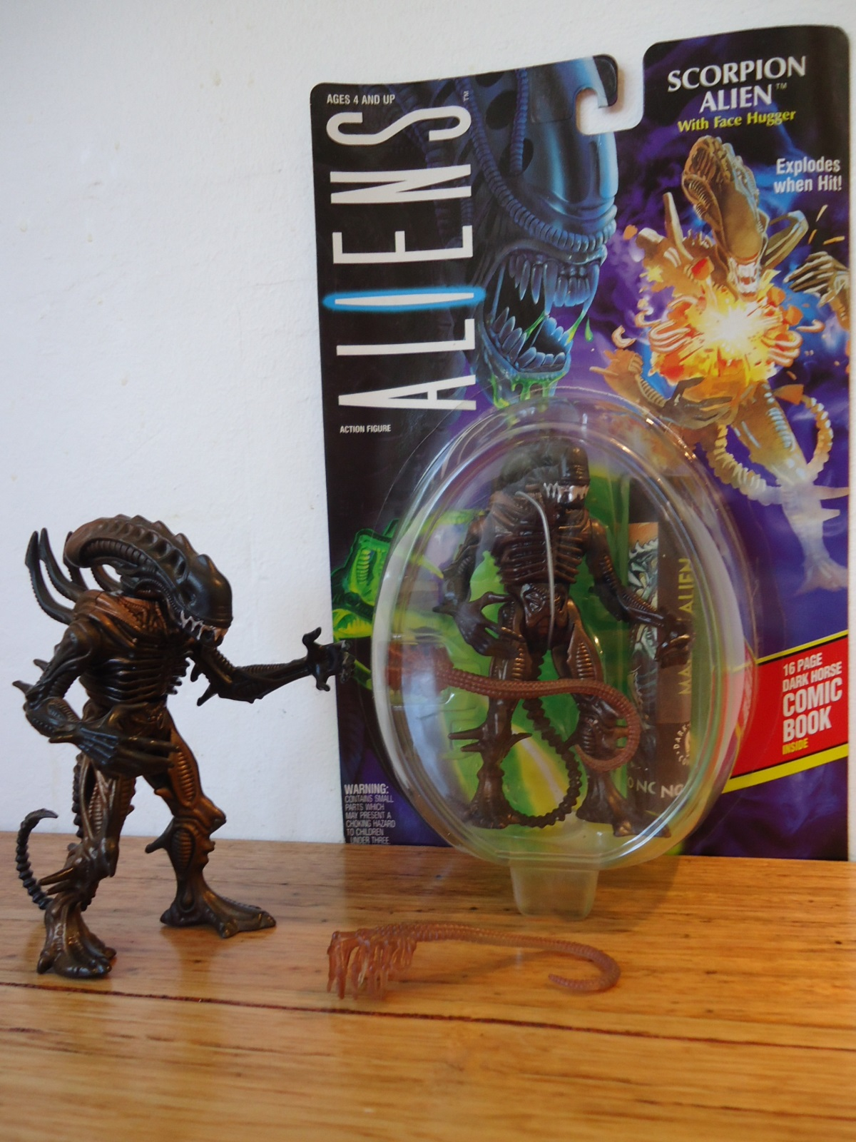 Kenner 1992 Scorpion Alien