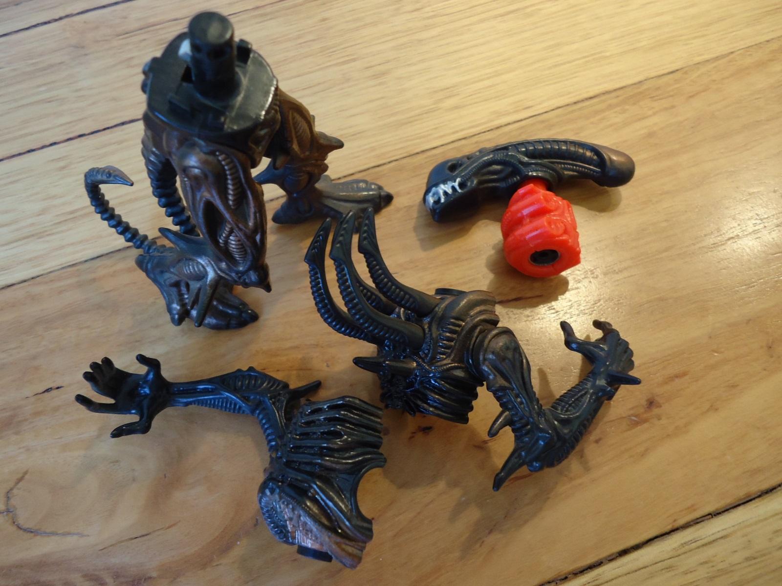 Kenner 1992 Scorpion Alien