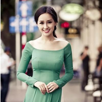 Ao Dai Dresses Green Light