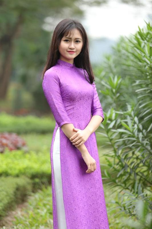 Bubble Gum Ao Dai Vietnam Silkworm 3