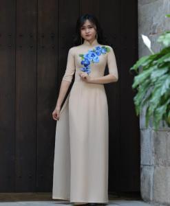 Ao Dai Vietnam Floral Decoration Ivory 2