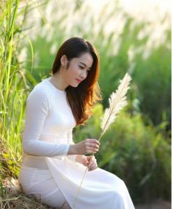 Chiffon White Ao Dai Vietnam Round Neck 4