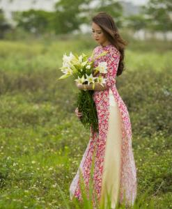 Small Red Floral Ao Dai Vietnam 4
