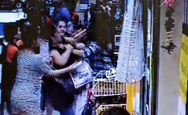 Thai zijn een vredig volk? Video van vechtpartij