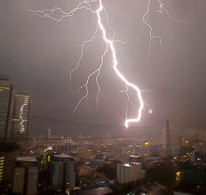 onweer in Bangkok