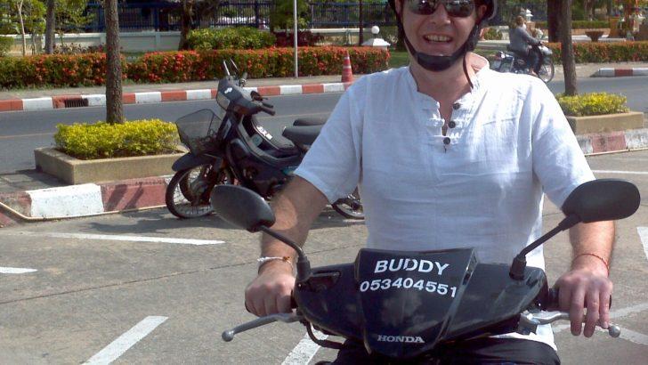 Lekker in Thailand met de scooter erop uit!