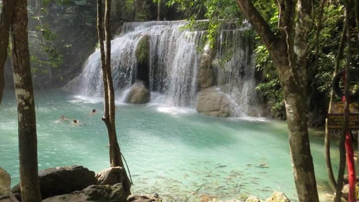 De Erawan watervallen van Kanchanaburi
