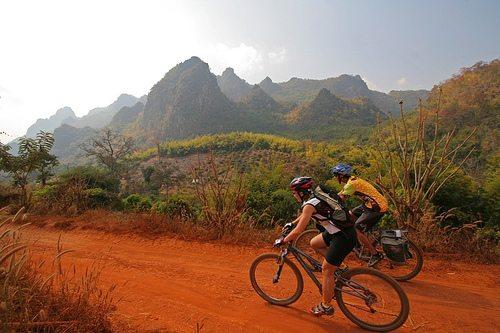 fietsen door Noord-Thailand