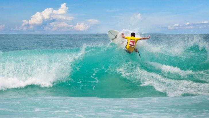 Surfen op Phuket
